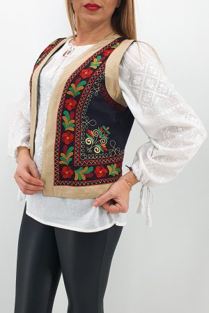 Vesta brodata cu model traditional Jenica 2