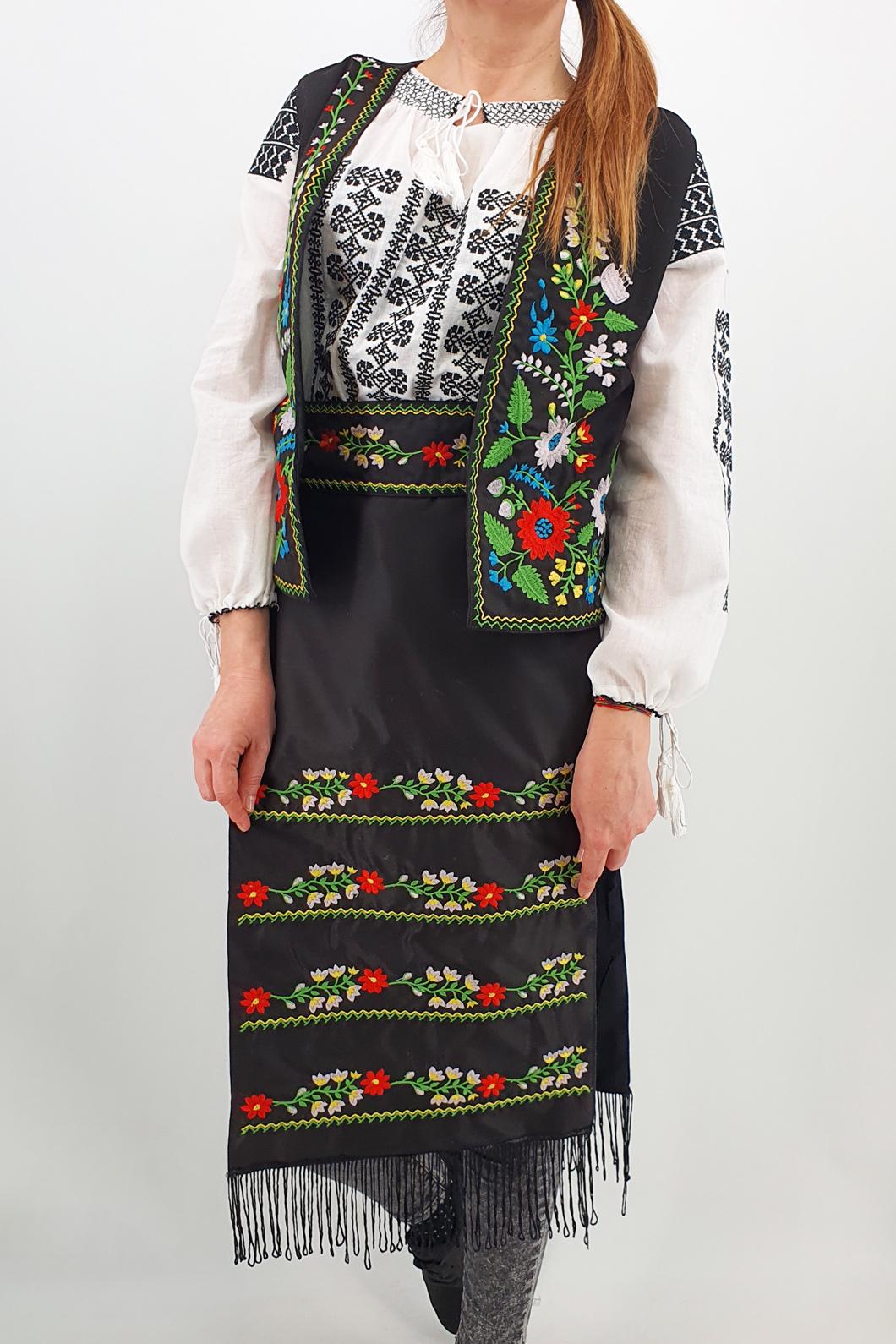 Costum Traditional - Vesta