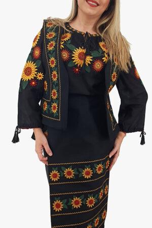 Costum Traditional - IE  Vesta si 2 Fote brodate cu model traditional