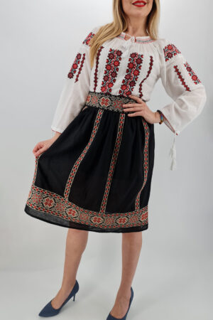 Fusta stilizata cu motive traditionale Ioana 5