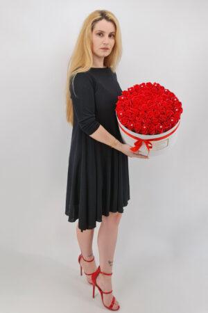 Set cadou     Trandafiri sapun     cutie rotunda cu trandafiri rosi