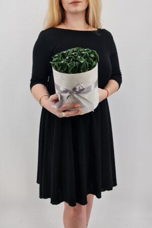 Set cadou     Trandafiri sapun     cutie rotunda cu trandafiri verzi