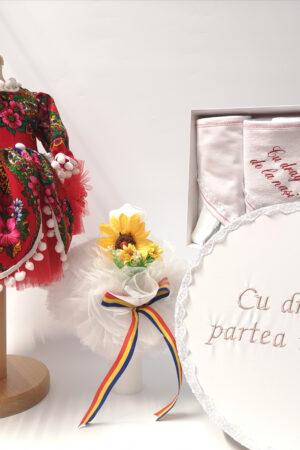 Set Traditional Botez - Costumas fetita Trusou Cutie pentru trusou Lumanare -TUL 2